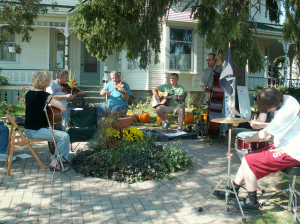 Musicians at the Cajun jam session at Alber Orchard